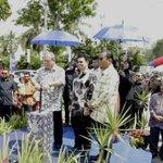 Keberangkatan DYMM Tuanku Sultan Johor di Dataran Tanjung Emas Muar sempena Jamuan Teh Rakyat.Turut hadir majlis ini http://t.co/Hi7zdbr4y3