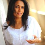Final member of panel is here from Bollywood @reallyswara - shes an actress. #MusicMela #MM15 http://t.co/qok7vPsqIW