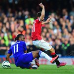 PIC: Ander Herrera and Didier Drogba battle for the ball. Still 0-0 (28). #mufclive http://t.co/e2o3MKByDq