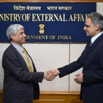 Thank you Akbar! A new inning begins for me & some big shoes to fill: Vikas Swarup on taking over as MEA spokesperson http://t.co/6uA7AcwkGT