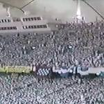 من يشاهد الصورة يعتقد ان المباراة بين النصر والهلال والحقيقه انها مباراة #النصر والرياض بنهائي الدوري 1414هجري http://t.co/zu9vZiVugW