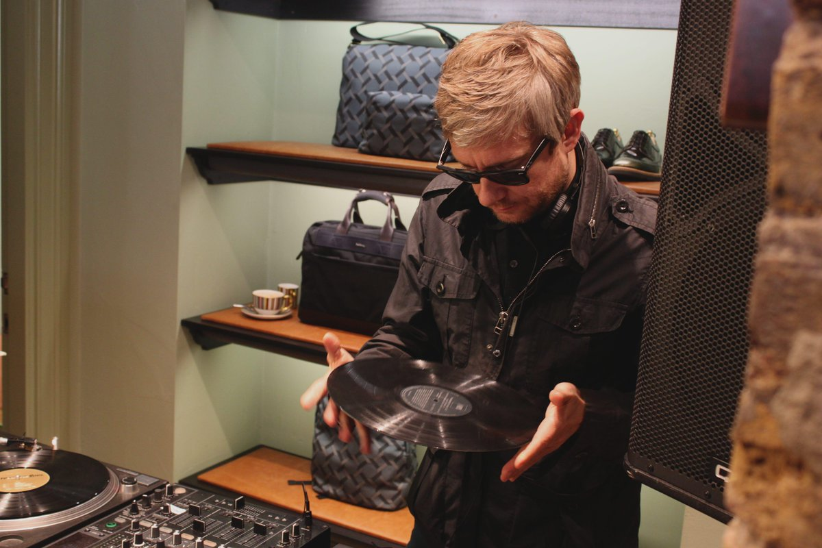 Thanks to #MartinFreeman for playing a phenomenal #RecordStoreDay set at our Soho shop. #RSD15 http://t.co/s3AeEGXyXp