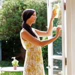 Breeze through your spring cleaning with this ultimate cleaning checklist http://t.co/t6wBZ67k9T http://t.co/XyI97eU2kj