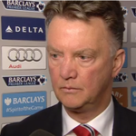 This is a bit awkward with Louis van Gaal... Watch: http://t.co/8FciYZ96qZ #MUFC http://t.co/cAOLFORPIs