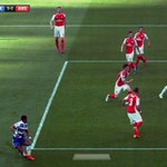 You dont need technology to see this crossed the line Watch Reading v Arsenal: http://t.co/W1L1I9ZV8H http://t.co/cKGO1XvvTf