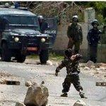 عندما تقول صورة بالف كلمة فانك تعني هذة الصورة ، هنا #فلسطين !! http://t.co/JWqVbyNU7E