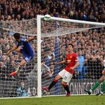 So, is it decided? The PL player of the year is.... RT - Hazard FAV - De Gea http://t.co/7sbNKe0t6C