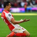 Sánchez faz 2, Arsenal vence o Reading com frangaço e vai à final da Copa da Inglaterra  http://t.co/PPg6Wan6vd http://t.co/r9cionu7dJ