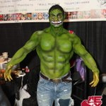 Contouring skills that would make any Hollywood starlet jealous ;) #CalgaryExpo #IncredibleHulk #incrediblemakeup http://t.co/WRqWTWPhbm