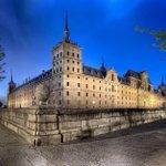 """""""@Elpregoneeero: El Escorial en la hora azul #Madrid #AndandoPorEspaña foto de @dleiva http://t.co/oVA66rHdFb"""""""