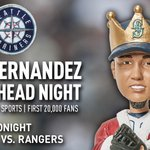 The first 20,000 fans at tonights game will take home a King Felix bobblehead. Be sure to arrive early. #FelixBobble http://t.co/XCp7hOT0Th