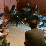 Diputado @RenzoTrisotti participa en conversatorio con jóvenes de @JudiTarapaca. @udipopular @diputadosudi #Iquique http://t.co/846cq2wRgQ