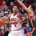 Through three, #Bulls lead the #Bucks 86-75 behind 11 points in the quarter for @drose. #BULLSvBUCKS http://t.co/XgsKiTFg99