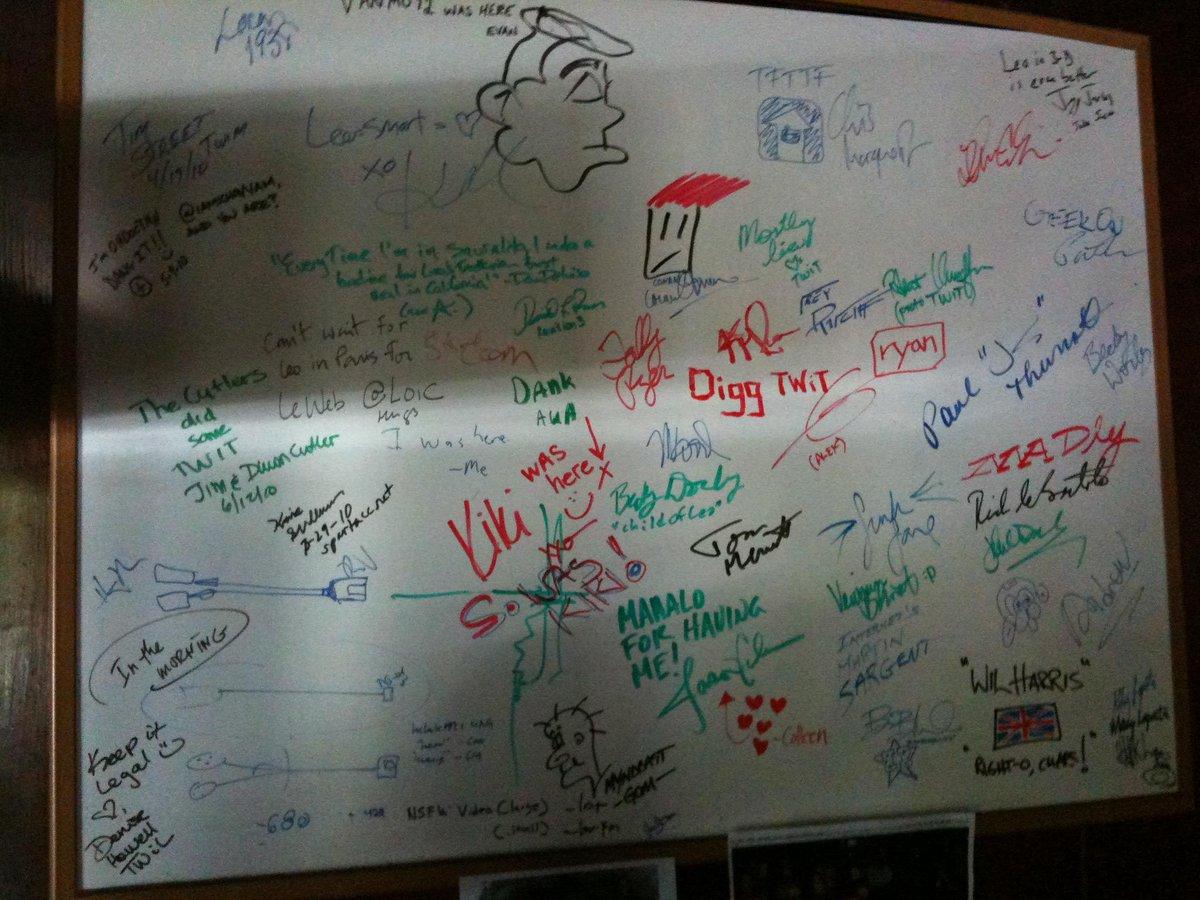 Old @TWiT cottage signature whiteboard (2011) @kevinrose @jason @loic @dhowell @alexalbrecht Happy 10yrs @leolaporte. http://t.co/BpbPQ6SKBA