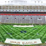 What makes AU the best student athlete experience? Our people! Thx to @AU_Grounds_Crew for all they do! #WarEagle http://t.co/gSbmTnvyVb