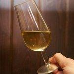 No te olvides que el vino fino es producto de nuestra tierra...!!! #ELPUERTOilusiona http://t.co/k9BhtKi9H1