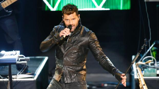 Review: @ricky_martin gives Wellington what it wants http://t.co/zfCQ2ixl60 #OneWorldTour #SexySoul via @NZStuff http://t.co/OY07yhIQGw
