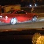 @HombredeRadio así termino un auto, pasó 2 rojas, 3 disco pare, casi colisionó c/ otro auto. #Iquique placa: DPSG82 http://t.co/o8aGEYa8au