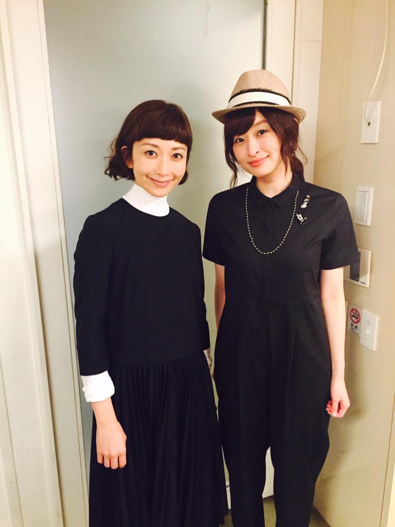 昨日は、島袋寛子さんのファンミーティング2015に持田香織がゲスト出演させて頂きました!^ ^  なんと!お互いデビューが1996年8月という、同期なお二人◎KANさんの「愛は勝つ」をデュエットしました♪ http://t.co/acJsiqgrlm