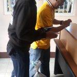 Duuhh sampe segitunya Nazar ketemu @shaniaJKT48 bakal bawa duku 2karung . @officialJKT48. http://t.co/paDCgKEGWG