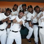 A night to remember. Relive the #SFGRing Ceremony in today's #SFGiants Photo Blog http://t.co/6VusipdbCj http://t.co/8prGVaNS2E