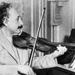 Conoce el peculiar viaje del cerebro de Albert Einstein →http://t.co/f7WNZHGPpB http://t.co/f60jHfoyg7