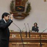 Hoy hace 2 años juré defender la Independencia,la Constitución y al Pueblo,y continuar el Legado de Bolivar y Chavez. http://t.co/H7WtPVUWgs