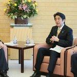 【約束が違う?】安倍首相と沖縄県知事との会談、途中で公開打ち切りか http://t.co/KHWJwZy7Qe http://t.co/mTXVZ0GvWY