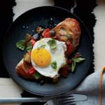 Ratatouille toasts w/ fried eggs and more of the best-ever brunch recipes: http://t.co/vhj3VdL1Un http://t.co/Z7zdoKrjiy