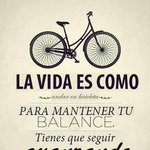 La vida es como andar en bicicleta! #DíaMundialDeLaBicicleta #LojaSúbetealaBici @Cicloviajeros @warmikletas http://t.co/x0URUNpASC