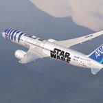 【話題の動画】R2-D2が飛行機に?ANAがスター・ウォーズプロジェクト始動 http://t.co/yoZdSH9eZo @ANA_travel_info #StarWars http://t.co/fofHOqopKu