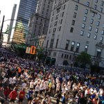 Start line of @VancouverSunRun! What a great day for 10K. #VanSunRun http://t.co/bH7cgD3znE