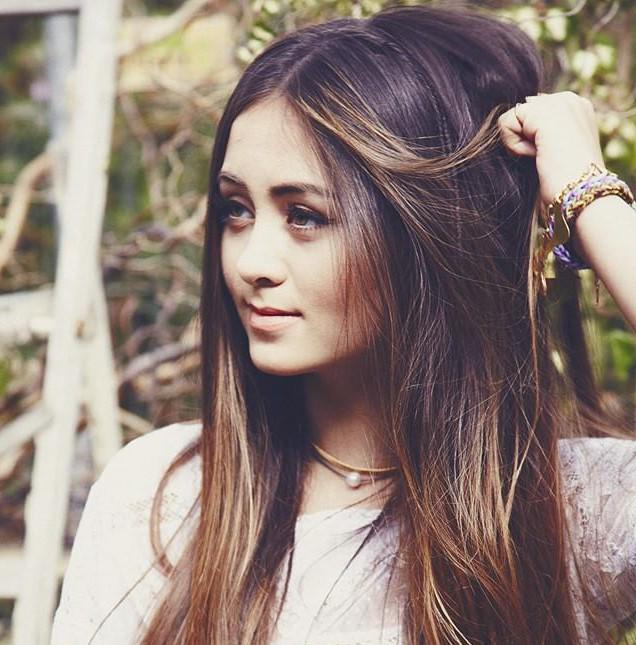discovering the chilling vocals of @TantrumJas   http://t.co/SReumrunCs http://t.co/N1k4NJoZee