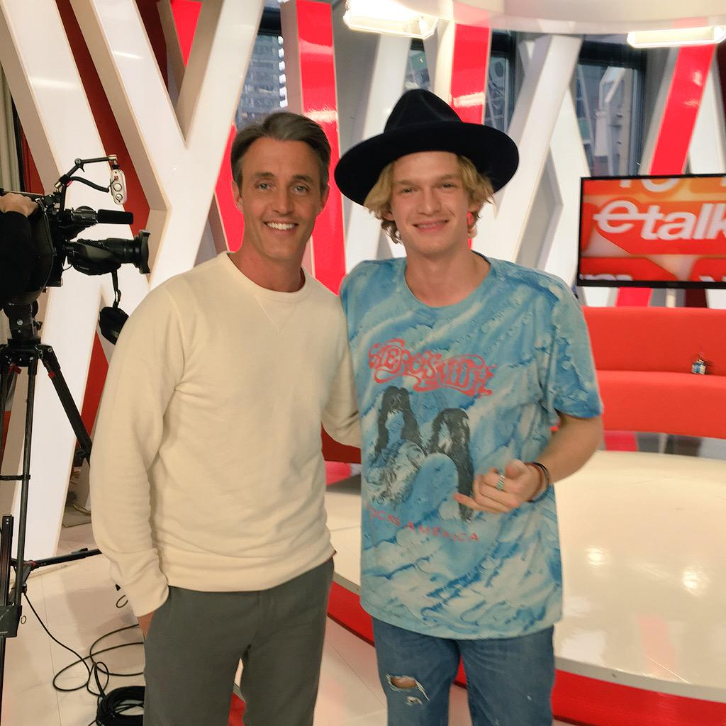 Thanks to @CodySimpson for an honest and interesting chat about everything from his new sound to his famous friends. http://t.co/JZ4mxzSQuc