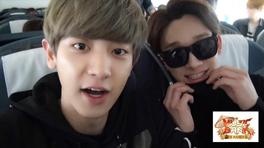 <뮤직뱅크 인 멕시코>에 이어 【 #뮤직뱅크 인 하노이 】에서도 공개되는 EXO의 깜짝 셀프카메라! 4월 8일, 오늘 밤 11시 10분에 확인하세요~ http://t.co/tTxZReKRuj