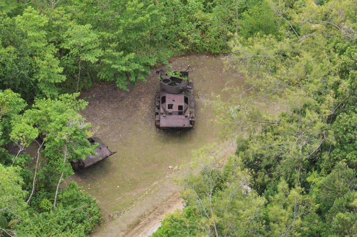 ペリリュー上空からの写真。 http://t.co/M6QlwNyK4E