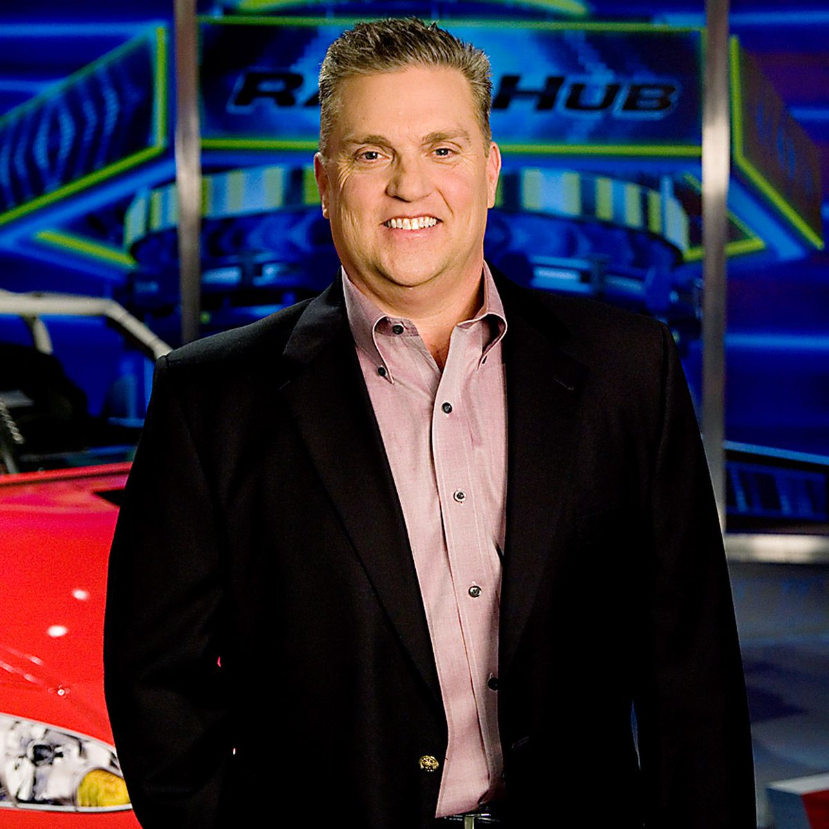 Retweet to wish @FOXSports1's @SteveByrnes12 a speedy trip out of the ICU. Your fight is inspirational, Steve #NASCAR http://t.co/4u5VlSAxLw