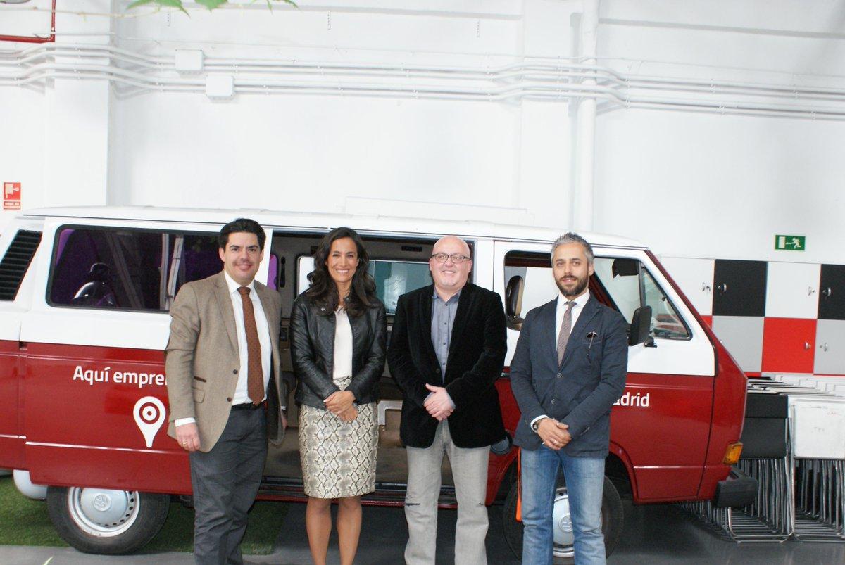 Gracias @begonavillacis @CiudadanosCs por la fantástica visita a la casa de los jóvenes empresarios @GarAJE_Madrid http://t.co/TSoj1nQmVh