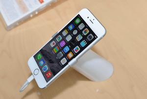 [ニュース] au版iPhone 6、VoLTEオンで通信はLTEのみに http://t.co/io57vE69Cs http://t.co/pBHlMx0qlp