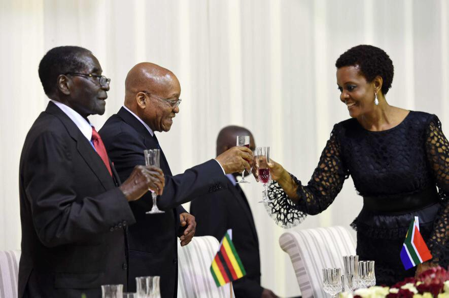 Mugabe will look back at this image and realise this was the moment Grace left him http://t.co/7ID7vn4vDx