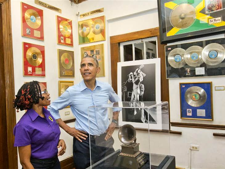 @Romarley U see this Bro RT @TODAYshow: President Obama visits Bob Marley Museum in Jamaica http://t.co/u8vUFKoWei http://t.co/oio4FmDIiA