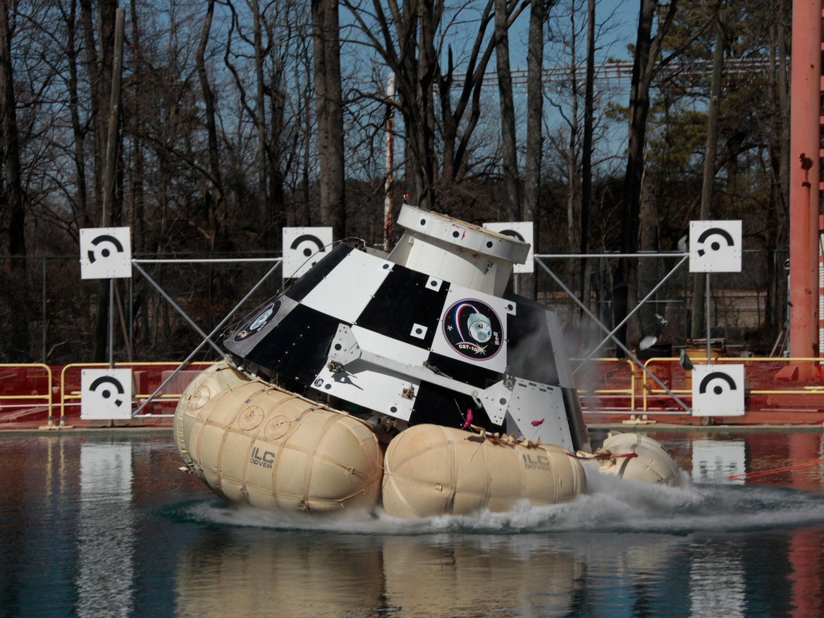 #Boeing #CST100 will transport @NASA to + from ISS. Today: Splash test emergency water drop scenarios w/@NASA_Langley http://t.co/QfbLZQlNz2
