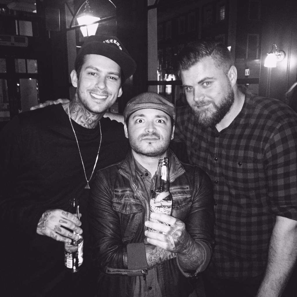 Reunion? @nodirectionhome @ptvmike @briansouthall #London http://t.co/afa14qnT4V