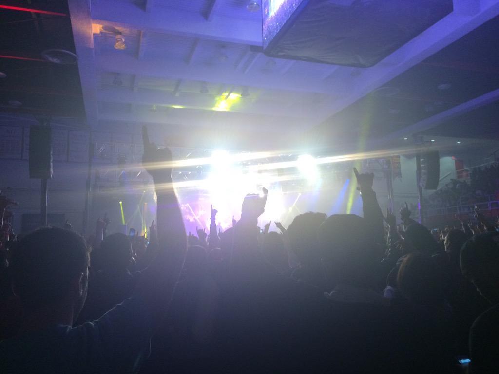 """St. John's, I love you"" -@JColeNC  #HarayaMusicFest15 #sjunow #TheRealIsBack http://t.co/a4cUGDBFfS"
