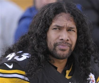 Troy Polamalu announces his retirement from Steelers http://t.co/uXjtd3c5rL http://t.co/JFISUwUzD6