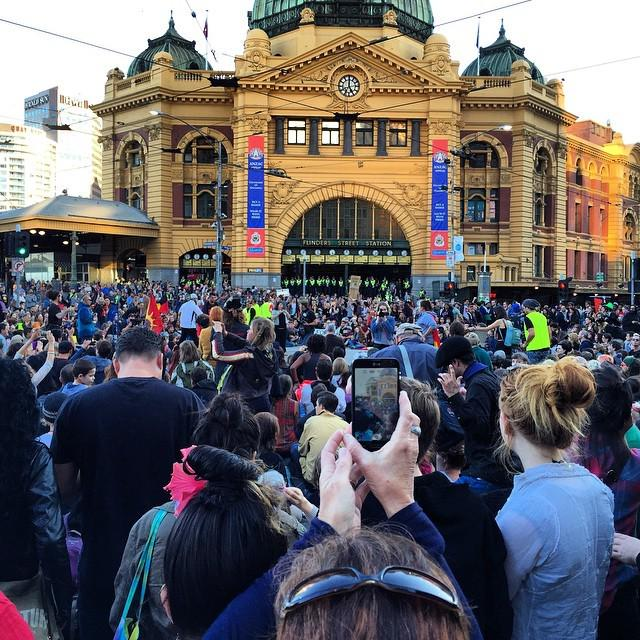 Traffic stopped #sosblakaustralia #march #melbourne http://t.co/NkR32uJYnr http://t.co/1wZmAQS350