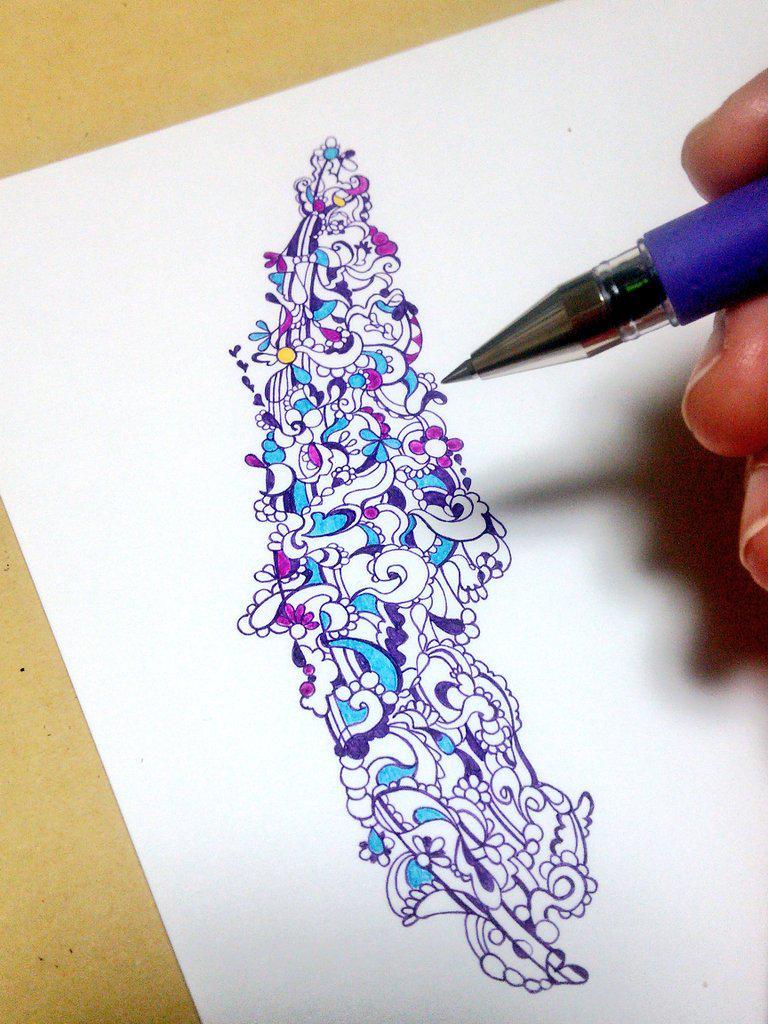 描きかけですが。 #ボールペン絵を流してボールペンの民を増やそう http://t.co/3BeTfzViFW