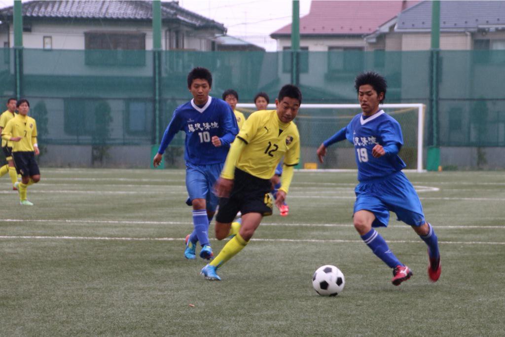 藤沢清流 2015.4.5  19 矢定龍 (3年:横浜栄FC) 2 さくさくぱんだ (3年:横浜栄FC) http://t.co/egwrnPoAus
