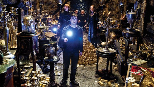 'Harry Potter' 8? J.K. Rowling Teases a New Book Sequel