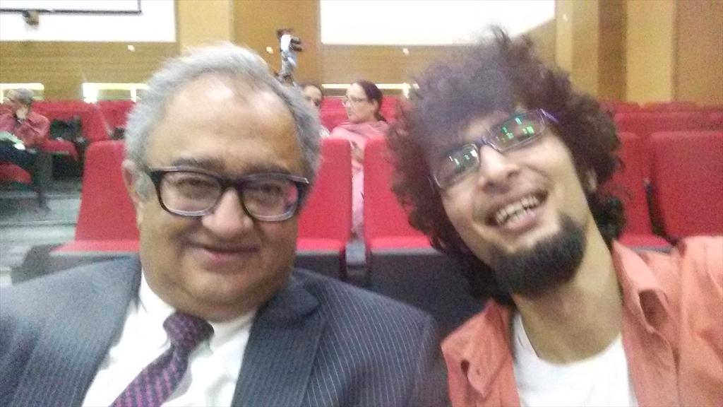 With the man who dares to speak the language of reason @TarekFatah http://t.co/dWP3iBD7tV